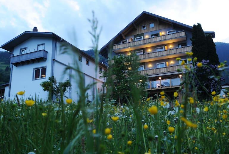 Hotel Traunstern Aussen