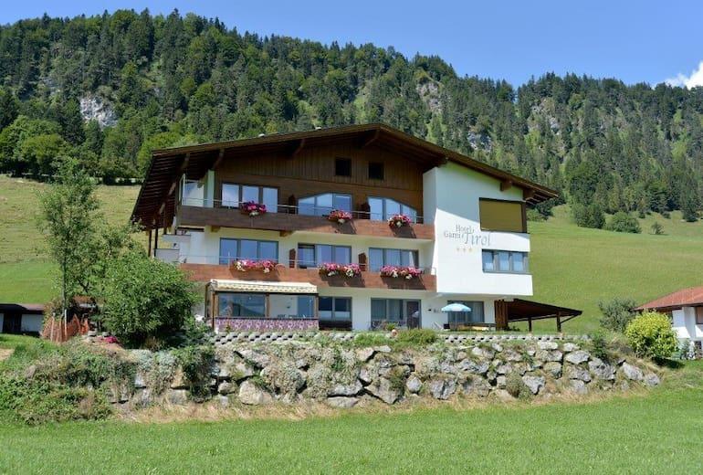 Hotel Garni Tirol Aussen