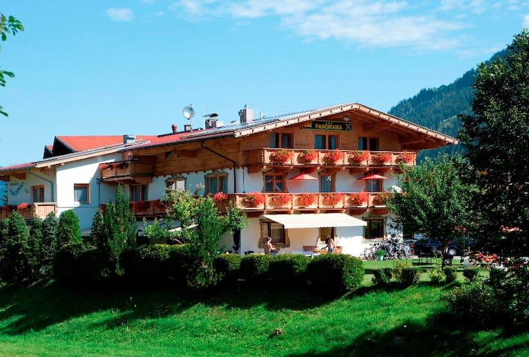 Panoramahotel Achensee ***
