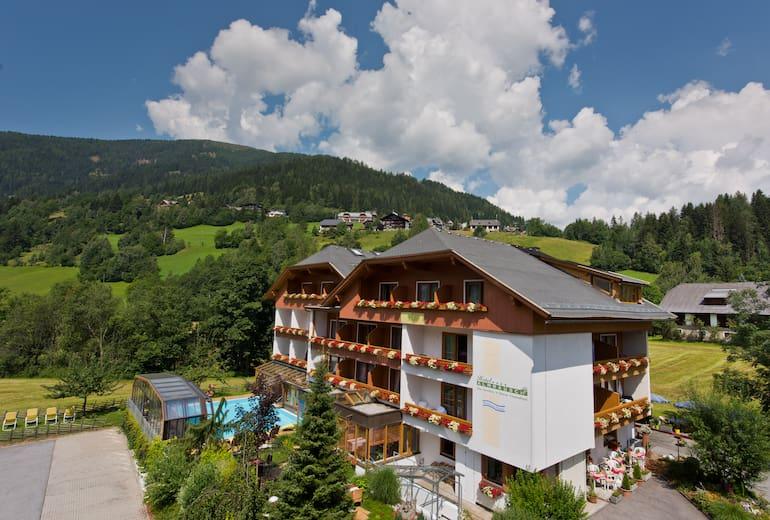Hotel Almrausch Aussenansicht